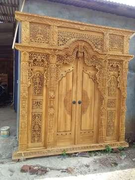 Merona gebyok ukir khas kayu jati