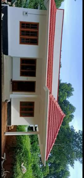 3 Bedroom House in Velluthuruthi for 32L. No flooding.