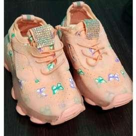 Sepatu LED import anak