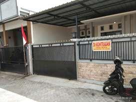 Dikontrakan rumah sebelah selatan terminal giwangan/ universitas UAD