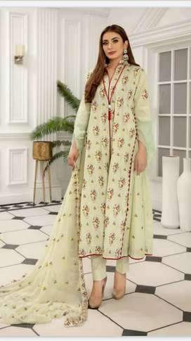 Embroidered lawn 3pc with chiffon dobata