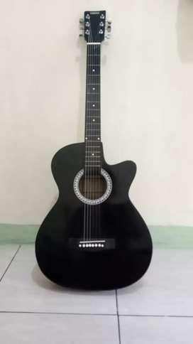 Gitar yamaha fg 225