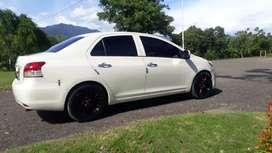 Vios 2009 (limo) putih mutiara