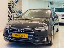 Audi A4 2019 December top of the line