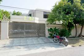 Kanal House For Rent In Dha Phase 4