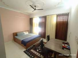 Fully furnished 2 bedroom set with all amenities on main road