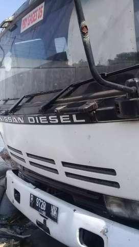 Nissan Truck Tronton B.up