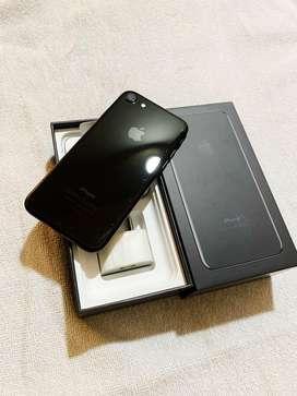 iphone 7, 128 GB, iOS 13.1.3, Jet Black, Original Accessories