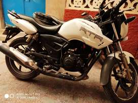 Well maintained Apache RTR 180 Race Edition.