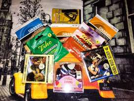 All type of guitar accessories are available at wholesale rates