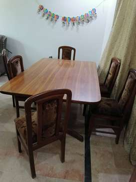 6 Seater Dining Table Used