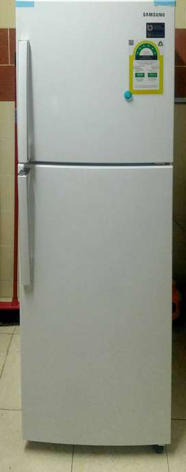 Samsung Fridge with Digital Inverter - Brand New