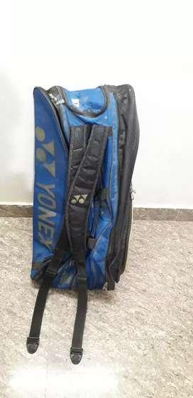 Yonex Olympic edition 3 chain badminton kit bag