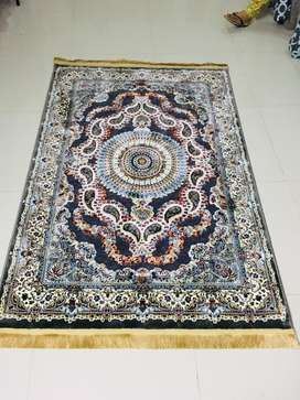 New SILK RUG 6ft*4ft for sale, MADE IN TURKEY.