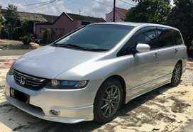 Odyssey absolute + betterthn innova freed civic jazz accord camry bmw