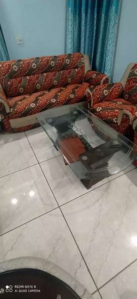 Sofa 5 seater with glass table cum center table