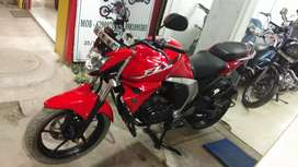 Sell or exchange Yamaha fz S v 2 brand new condition