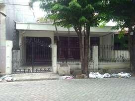 Rumah disewakan lokasi kebraon selatan surabaya selatan