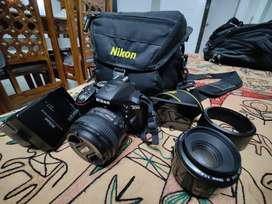 Nikon D5300 DSLR /18-155 Lens & 50mm Prime Lens (Bought separately)