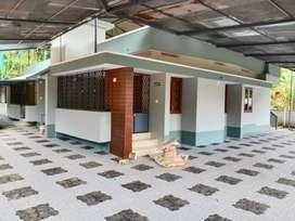 5 bhk conercial house near arayidathu palam