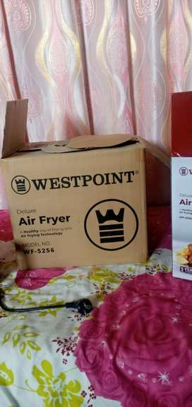 Westpoint WF-5256 Deluxe Air Fryer.