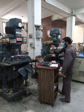 CNC Milling and Turning Operator
