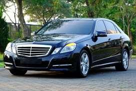 Mercedes Benz E300 Avantgarde 2012 Pano Low odo Harman Kardan! E250