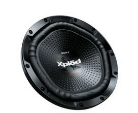 sony xplod woofer with amp for sale 3 year old good condition