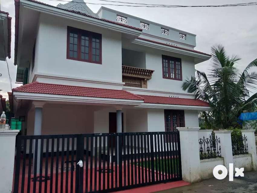 4.8 cent 1800 sqft 3 bhk new build house at aluva near kadungallur 0