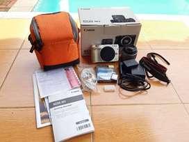 Canon EOS M3 Lens Kit 15-45mm Mulus Banyak Bonusnya