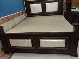Home Furniture in very good condition