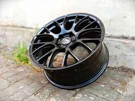 Velg Mobil Nissan Mrrano Ring 18