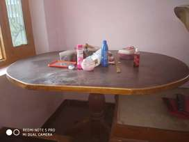 Dinning table well planed ovel shaped not used  6 sitters