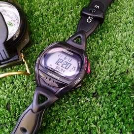 Jj02185 jam tangan sporty Seiko digital watch tenaga surya
