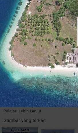 Tanah di pinggir pantai Gili Layar Sekotong