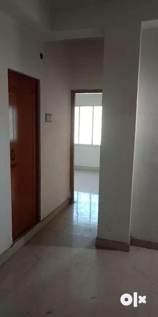 New unfurnished flat available near basdroni 0