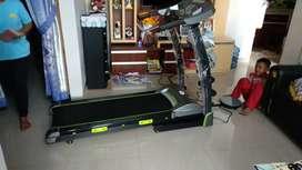 Tredmill listrik gf pariss