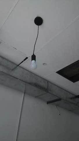 Instalasi listrik dan renovasi bangunan