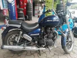 Royal enfield Thunderbird 350 With Tubeless tyres and alloy wheels