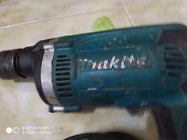 Makita HP1630 MESIN BOR BETON 16MM, MAKITA CC-576