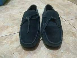 Sepatu Tods Loafers kulit suede authentic