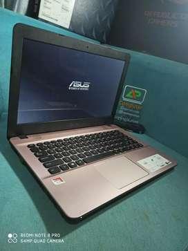 Asus X441B AMD A4-9125 ram 4gb Hd 1 tera Garansi