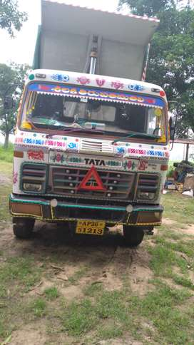 2523 tata hyva tippers bhogie suspension