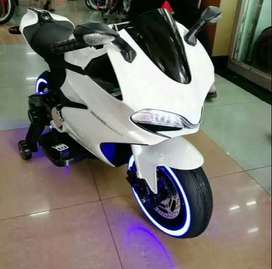 White Electric Motorbike for small kids
