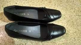 Sepatu fantofel