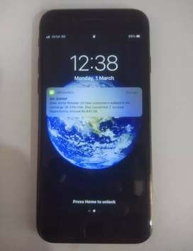 iPhone 7 (32 gb) new condition black color good condition