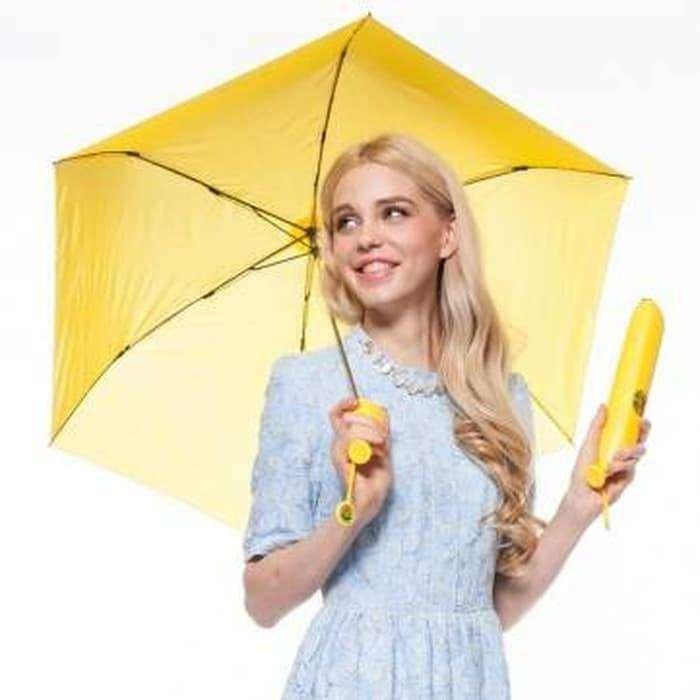Payung Pisang Banana Umbrella Souvenir Unik - Kuning 0