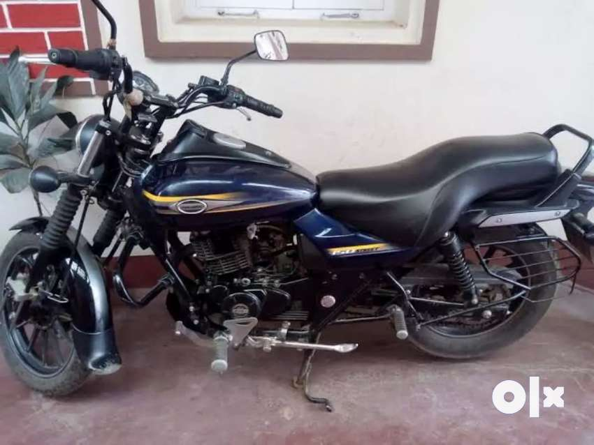 Avenger 150 A1 condition urgent sell acha milage and average hai 0