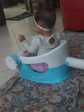 Bath seat for toddler