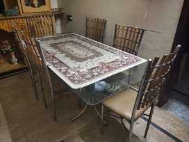 Dining Table 6 Seater. Good condition
